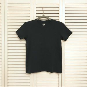 Uniqlo Forest Green Tee